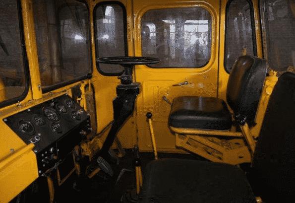 Кабина оператора и электрооборудование