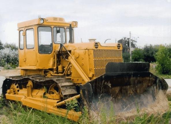 Особенности трактора Т-130