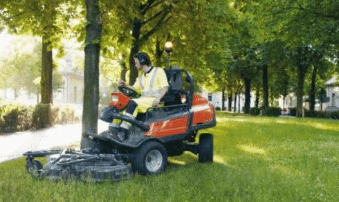 Садовые тракторы Husqvarna