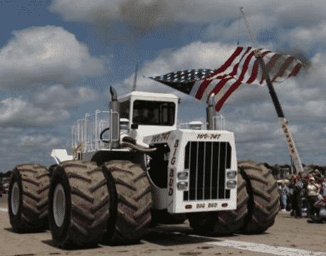 Самый большой трактор в мире американский Big Bud