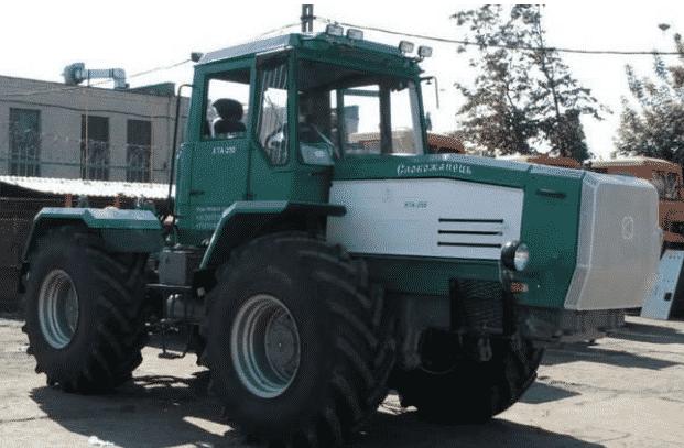 Трактор ХТА-208