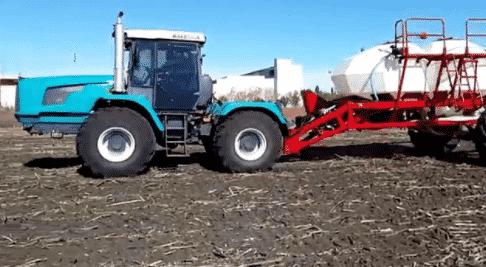 Трактор ХТЗ 243