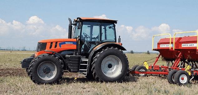 Трактор Террион 3180