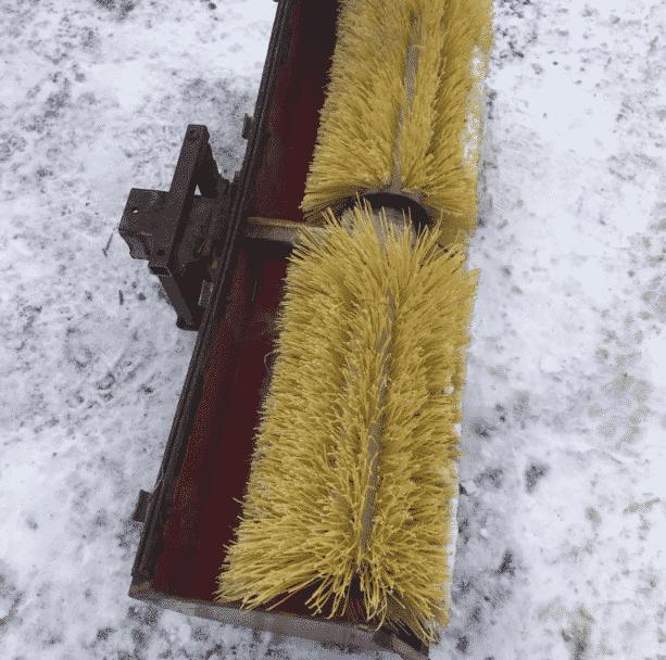 Щетка-насадка SunGarden SW-M для снегоуборщиков MTD